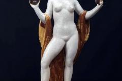 """Ercole Drei. La Commedia - Tecnica: Ceramica Policroma, 45 x 24 x 14 cm. Firmata sulla base """"E. Drei"""""""