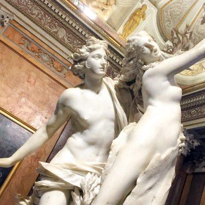 Gian Lorenzo Bernini. Apollo e Dafne, 1622-1625. Marmo di Carrara. Galleria Borghese, Roma