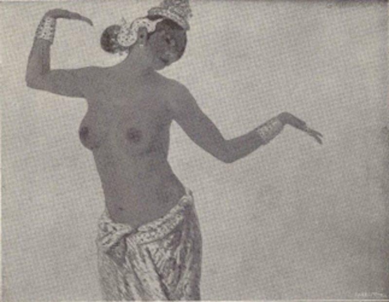 Galileo Chini. Danzatrice Monn, 1914 - Tecnica: Olio su Tela, cm 123x94