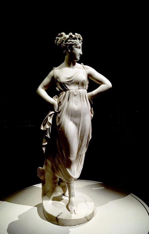 Canoca. Eterna Bellezza. Danzatrice con le Mani sui Fianchi, 1811. Scultura in Marmo - Antonio Canova, Scultore